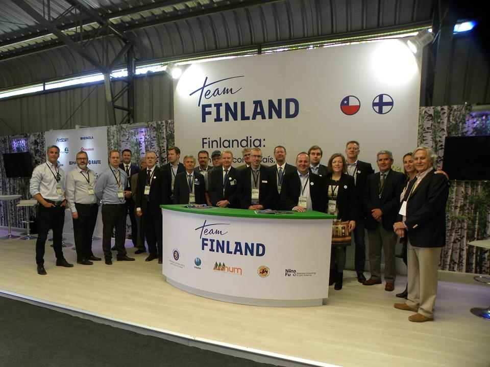 finland-group-picture